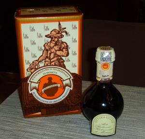 Aceto-Balsamico-Tradizionale-di-Modena