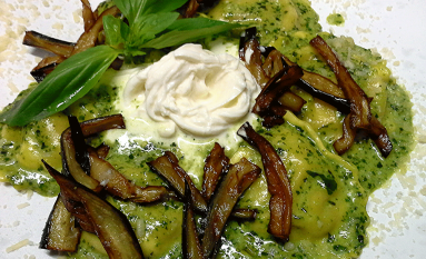 Ravioli alla burrata e pesto al basilico.png